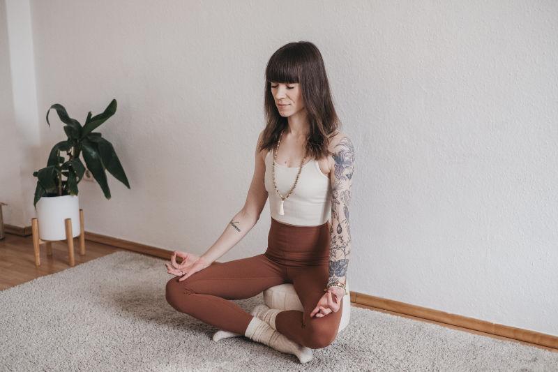 tiefgeist yoga leipzig - vorschaubild einer aktuellen yogaklasse